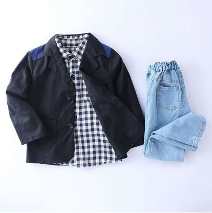 Picture of 3 pieces set with denim jeans